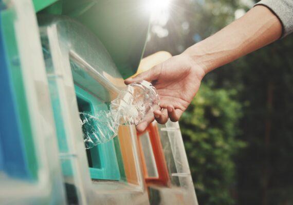 10 formas de reciclar plástico en casa